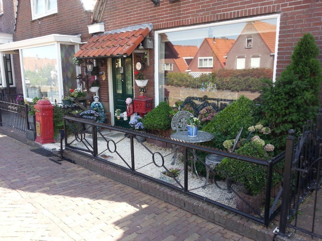 Giardino tipico di una casa olandese