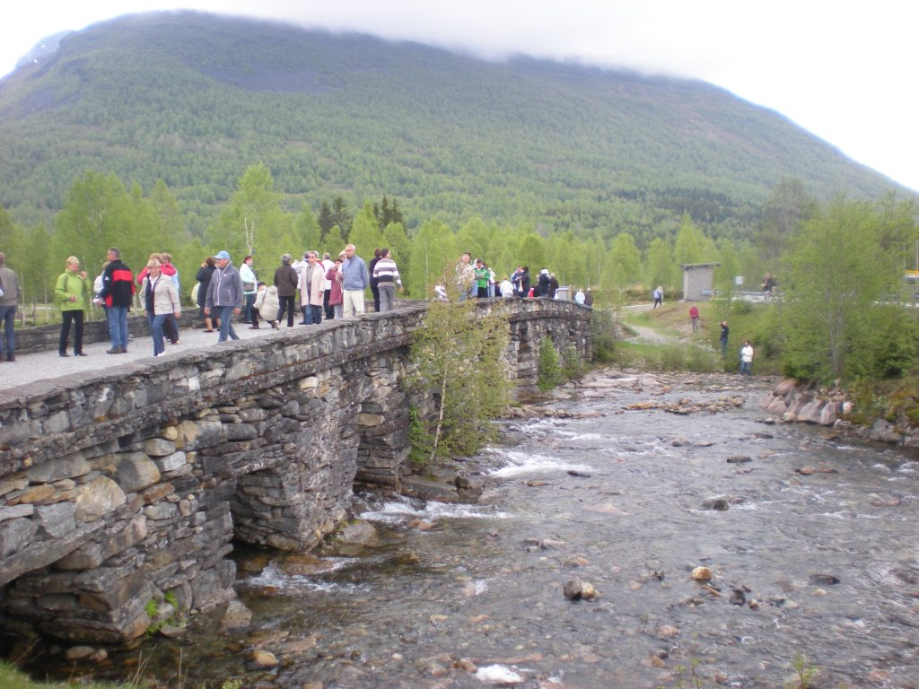Ponte in pietra
