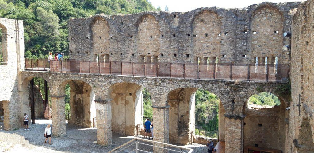 Vista di una parte del Castello dei Doria