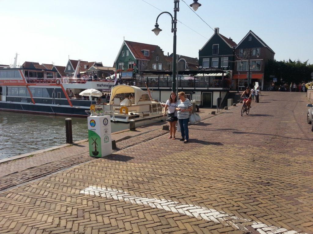 Molo nel porto di Volendam